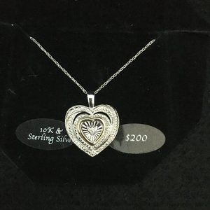 10k Gold and Sterling Silver Heart Necklace (N35)